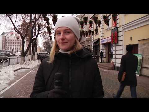 TV7plus Телеканал Хмельницького. Україна: Замість парасольок - новорічні ялинки.