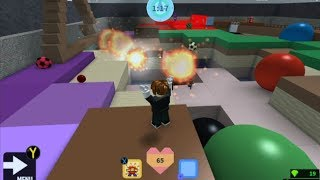 Playing Roblox - play with me and be in the stream (rules to be in the stream in desc)