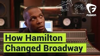 Leslie Odom Jr. Explains How 'Hamilton' the Musical Revolutionized Broadway thumbnail
