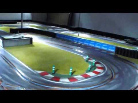 """Cody Speed – Circuit de slot – """"Une petite arsouille entre frères"""""""