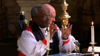 Reverend Michael Curry delivers a Chicago-flavored sermon