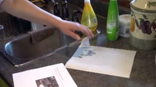 Prélèvement initial d'un échantillon de l'eau du robinet
