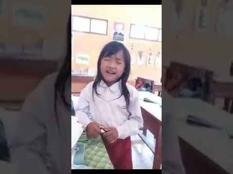 Viral...!anak SD bersuara emas,nyanyiin lagu oleh oleh,..👍👍👍👍