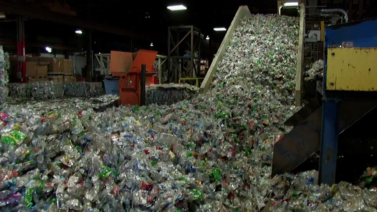 environmental effects of bottled water essay It is hard to argue the fact that waste management has become a large problem  in the world, with landfills growing to enormous sizes and recycling rates.