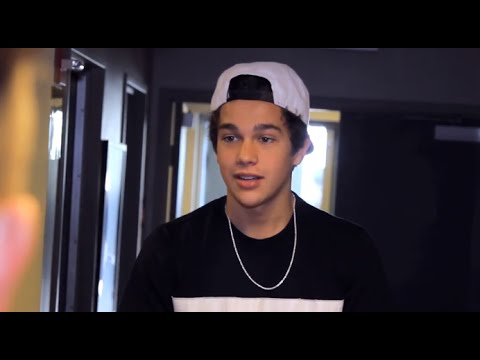#AustinMahoneTour Mockumentary w/ The Vamps, Fifth Harmony & Shawn Mendes