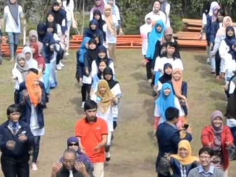 indonesia berpikir positif - kepompong dance
