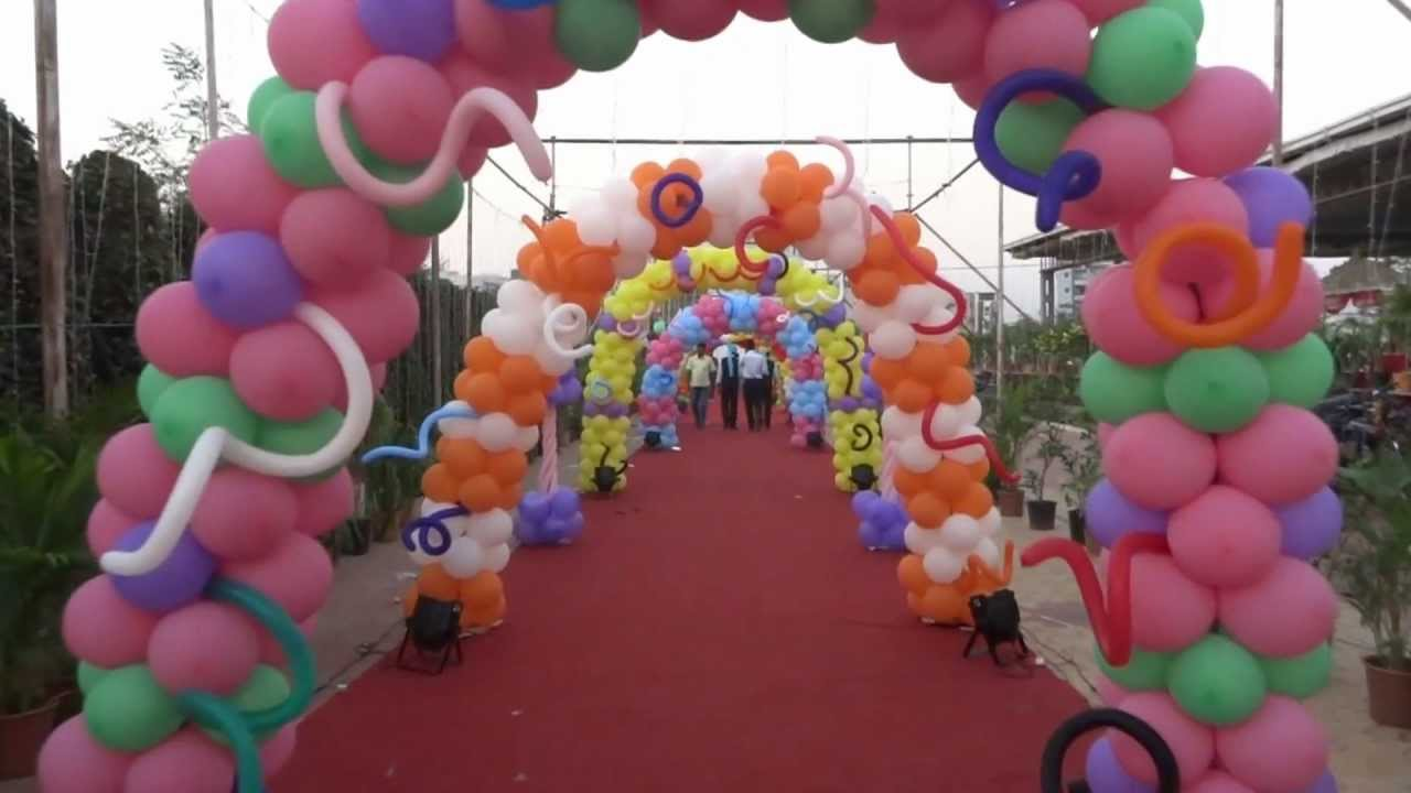 Balloon decoration for birthday party contact 91 9963 52 for Balloon decoration ideas at home