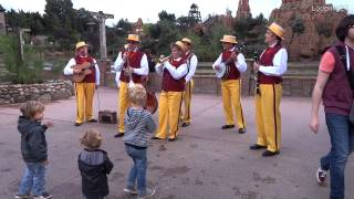 The Dixieland Band - Disneyland Paris Aout 2014 HD