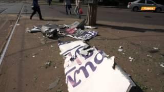 Ночью в Одессе взорвали билборды с патриотической рекламой(Неизвестные прикрепили безоболочковые устройства к металлическому каркасу рекламных щитов Невідомі..., 2015-06-12T12:29:11.000Z)