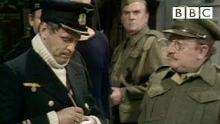 Gambar cover Don't tell him, Pike! - Dad's Army 50th Anniversary