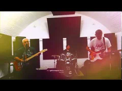 Haunted - The Sharp Words - Live - 07 Oct 2012