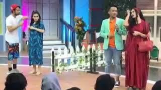 Video Raffi Ayu Jadi penjual BAKSO di Sketsa KILAU DMD RAMADAN download MP3, 3GP, MP4, WEBM, AVI, FLV Oktober 2018