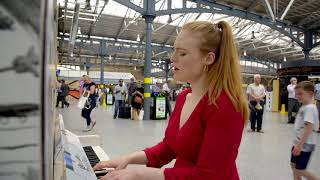 Freya Ridings - Lost Without You (Live at Dublin's Heuston Station)