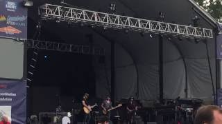 I M Down With Intro Murphy Elmore live opening for Chris Young.mp3