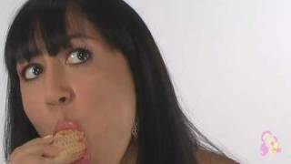 i lick ice cream - model L P Thumbnail