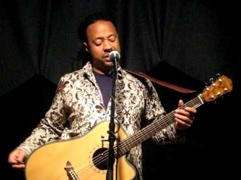 Gerald Lucas Stray Cat Strut Guitar
