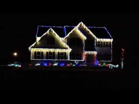 Rockin' Christmas Lights Synced With Music! - Rockin' Christmas Lights Synced With Music!