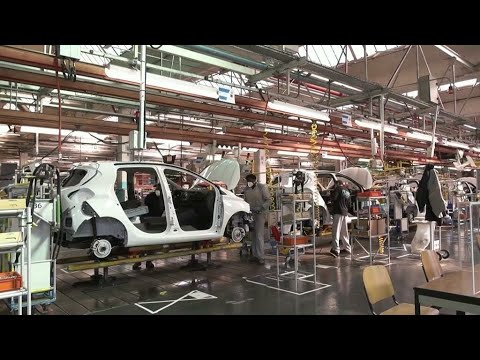 Download Renault to cut output by 500,000 cars due to global semiconductor shortage • FRANCE 24 English