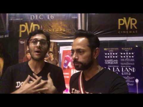 """Dangal"" Movie Review, in selfie style, and on the spot at the PREMIERE!"