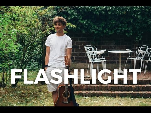 Flashlight Jessie J  vietsub ( Chris Brenner cover)