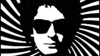 Gustavo Cerati - Especie (Video y Letra)