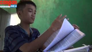 Cậu bé khuyết tật mồ côi học giỏi