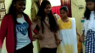 BEST NAGPURI  NEW STYLE DANCE BY MODERN GIRLS
