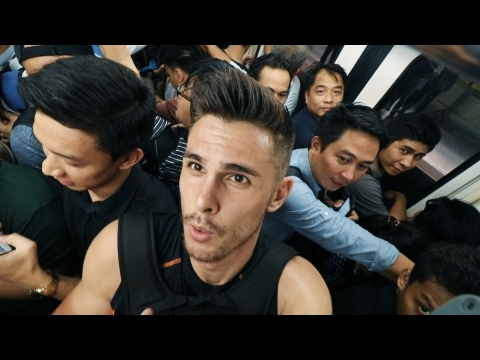 MANILA MRT MADNESS!! (Commuting in Metro Manila, Philippines)