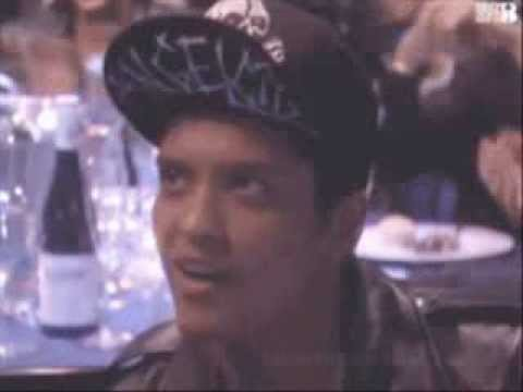 Bruno Mars-Locked Out Of Heaven(Gifs)