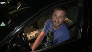 """Luna i Marko u njegovom novom automobilu koji je nazvao """"Lepi Mića"""""""