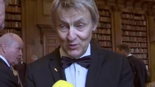 Lars Lerin och Juniors son har kommit till Sverige