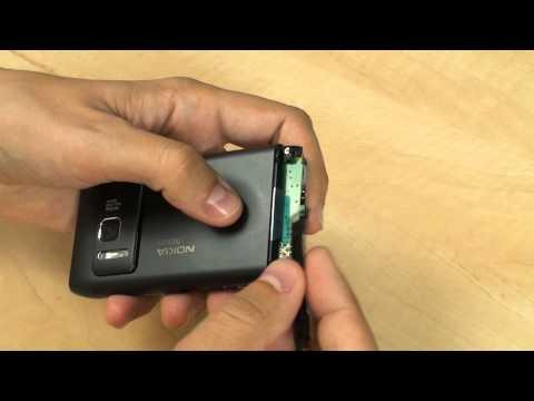 Nokia N8: vyměňujeme baterii