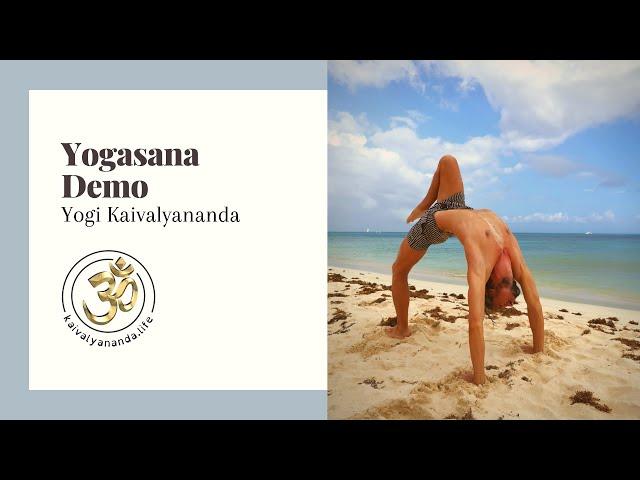 Yogasana Demo with Yogi Kaivalyananda