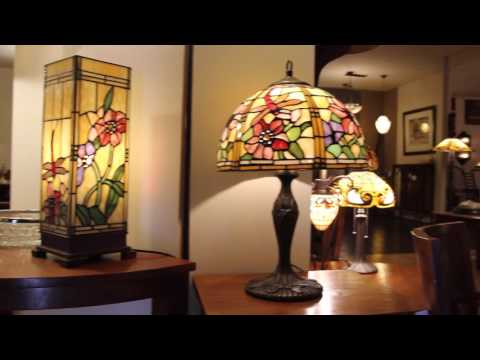 Haddon hall tiffany lampen een tiffany lamp kleurt jouw for Tiffany lampen