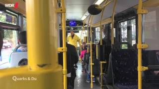 Ausländer sitzen hinten - Soziales Experiment im Bus (Quarks & Co)