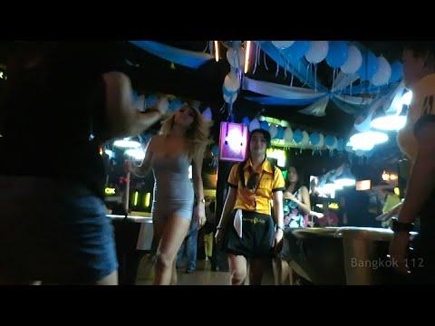 Bangkok VLOG 11b - A Rainy Night Out in Thailand