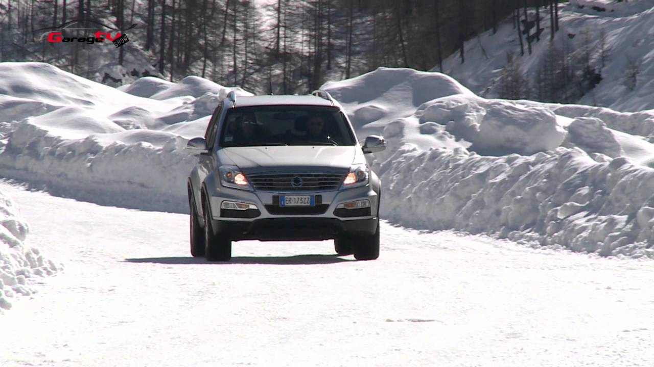 ssangyong rexton w off road gtv youtube. Black Bedroom Furniture Sets. Home Design Ideas