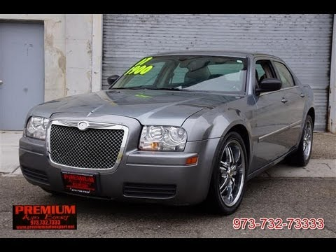 2007 chrysler 300 2 7 v6 sedan youtube. Black Bedroom Furniture Sets. Home Design Ideas