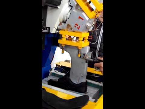 XK0199 Two density rubber molding machine