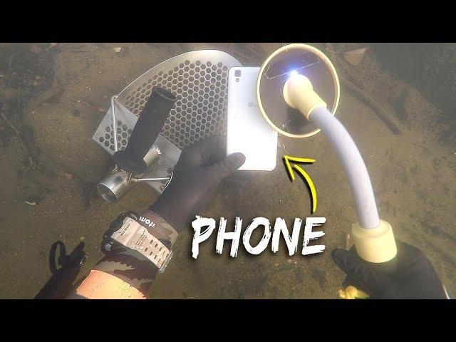 metal-detecting-underwater-for-lost-jewelry-and-money-scuba-diving