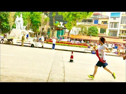 濵咲友菜 #濱咲友菜 #チーム8 #駅伝 チーム8濵咲友菜ちゃんが走っていたから並走してみた動画です。