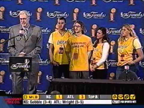 2004: Kobe Bryant, Phil Jackson Contemplate Future With Lakers