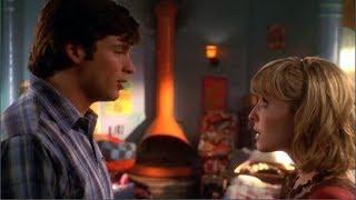Video Smallville: 6x11 (Justicia) - Clark le dice a Chloe que Bart es el otro velocista download MP3, 3GP, MP4, WEBM, AVI, FLV Agustus 2018