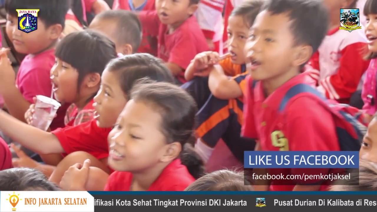 Lomba Mewarnai Gambar Dan Kegiatan Bimbingan Kepada Anak Paud di RPTRA Jangkrik Rabu 29 Maret 2017