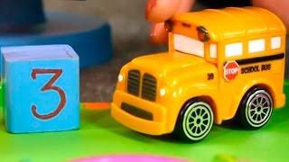 Мультфильмы для детей. Видео для детей. Игрушечные машинки(Развивающее видео для детей. Игрушечные машинки: автобус бас и гоночный автомобиль Спиди учатся считать..., 2014-07-13T10:00:04.000Z)