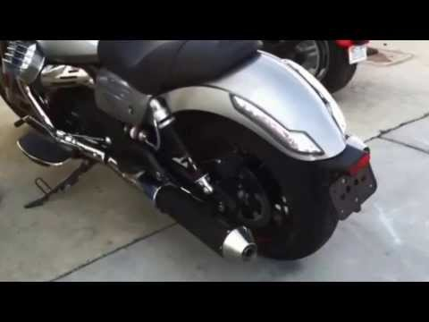 2014 moto guzzi california 1400 agostini exhaust comparison youtube. Black Bedroom Furniture Sets. Home Design Ideas