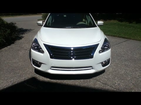 2013 nissan altima sl features