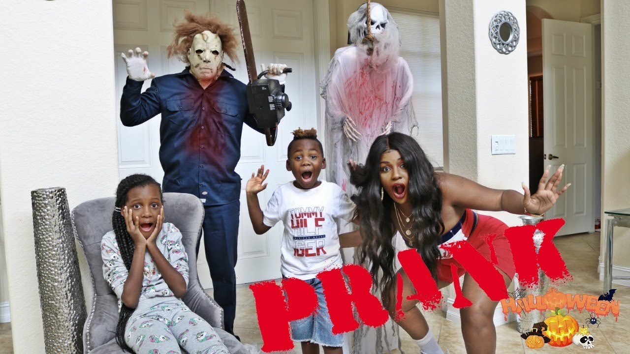 funny-halloween-prank-on-the-whole-family