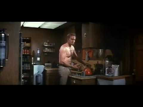 The Omega Man (trailer)