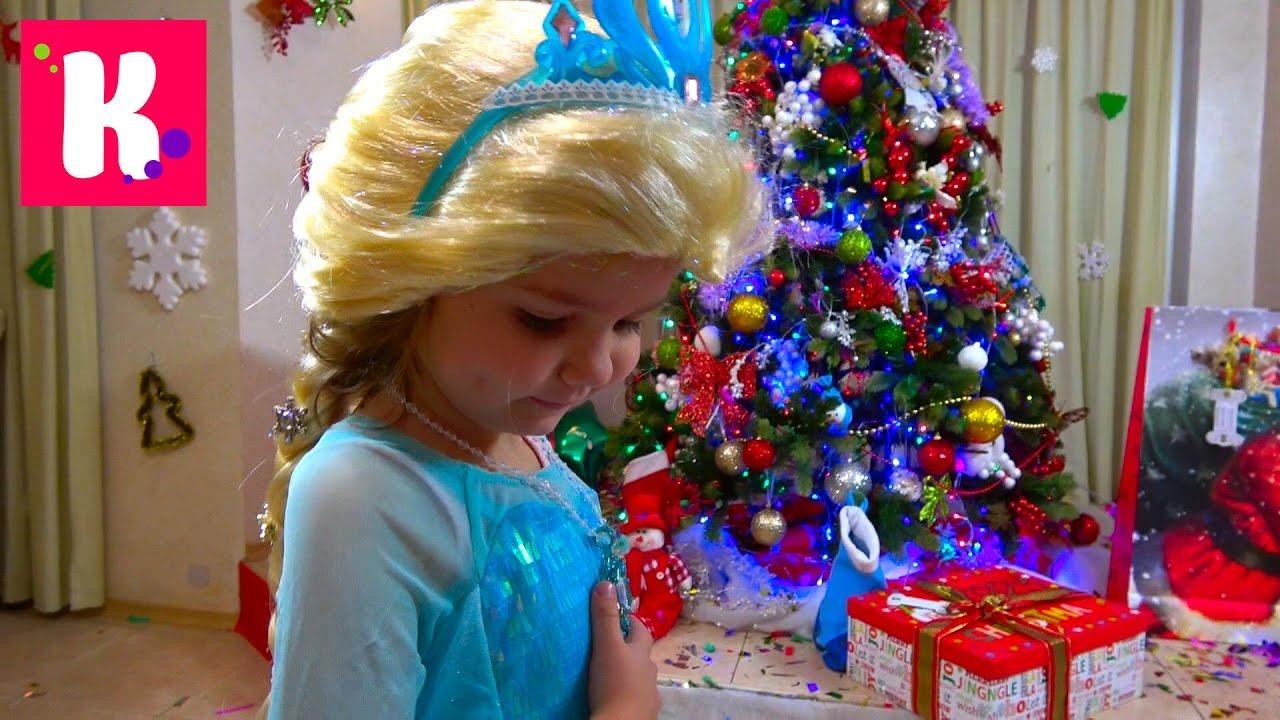 Подарки для Кати от Деда Мороза Примеряем и будим Макса Christmas gifts 2017 for Miss Katy